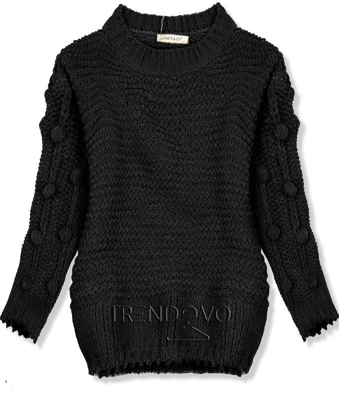 Čierny sveter s brmbolcami