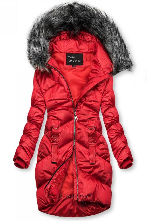Červená lesklá prešívaná bunda na zimu