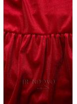 Červené zamatové šaty s volánmi