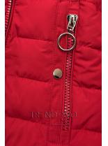 Červená prešívaná bunda s čiernou plyšovou podšívkou
